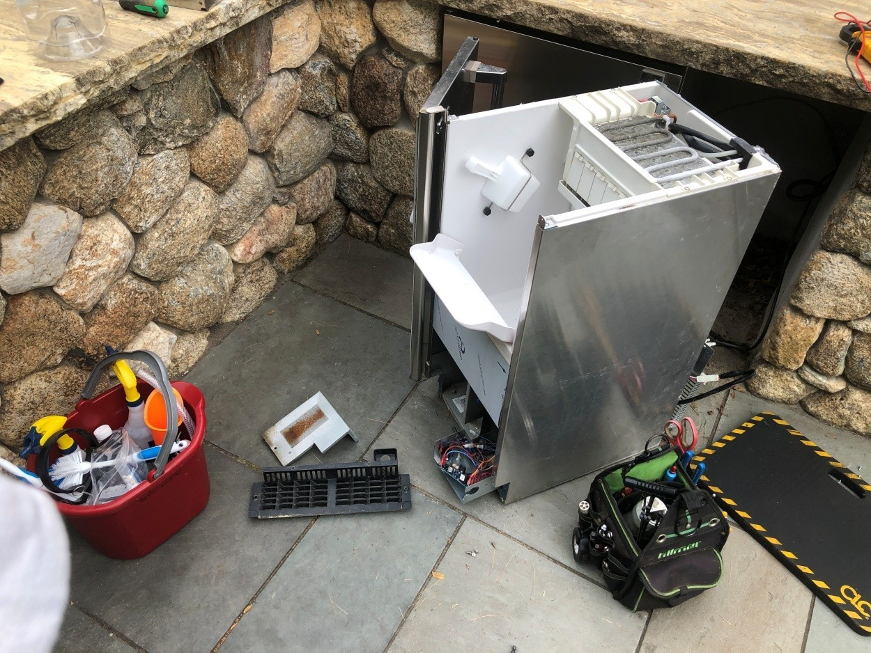 Proper Ice Machine Cleaning and Maintenance